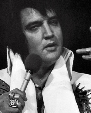 The elvis information network home to the best news reviews elvis told him that he couldnt give his ring away and handed him a scarf instead mr milham shouted again demanding the ring elvis finally shrugged his fandeluxe Choice Image
