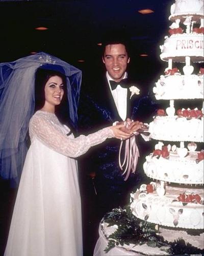 """LAS FLORES DEL """"MAL"""" - Página 5 Elvis_wedding_8x"""