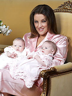 Lisa+Marie+Presley+News+2003