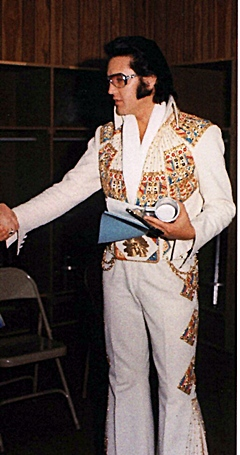 (Right; Elvis in Omaha June 30th 1974)  sc 1 st  Elvis Information Network & Fashion For A King - FTD Book CD. EIN in-depth review